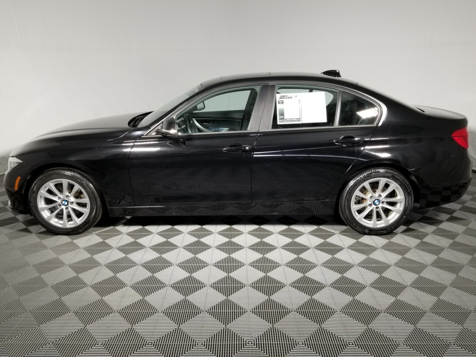 Pre Owned 2016 BMW 3 Series 320i xDrive 4dr Car in Wayne F